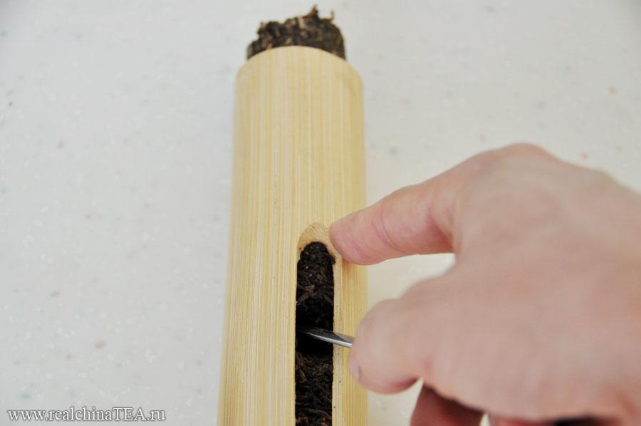 Вот так, с помощью ножа для Пуэра, вы сможете протолкнуть чай к выходу.