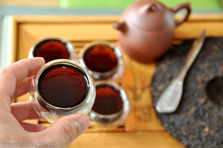 Темный Шу Пуэр - один из самых любимых в Китае чаев.