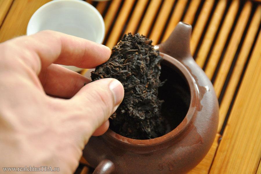 7-10 граммов Пуэра на один чайничек. Иногда я позволяю себе положить чуть больше.