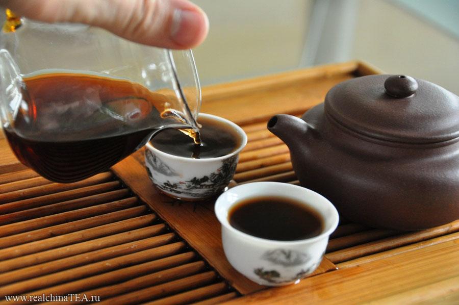 Вы  можете заварить этот чай крепче или слабее. Вкус от этого будет изменяться очень сильно. Со временем вы сами подберете тот цвет настоя, который вам больше по душе.
