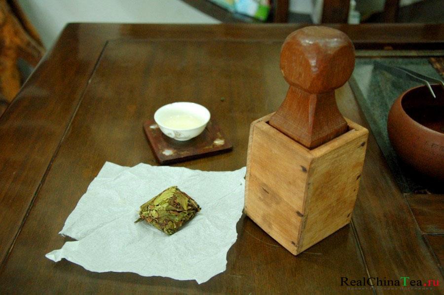 Чай Шуй Сянь может быть только в брикетах!