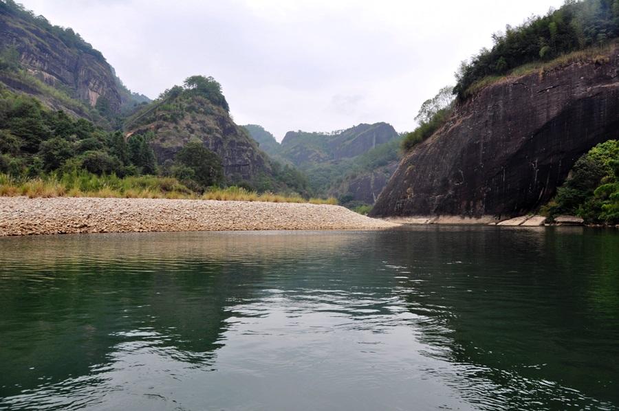 Река Девяти Поворотов в Уишане www.realchinatea.ru