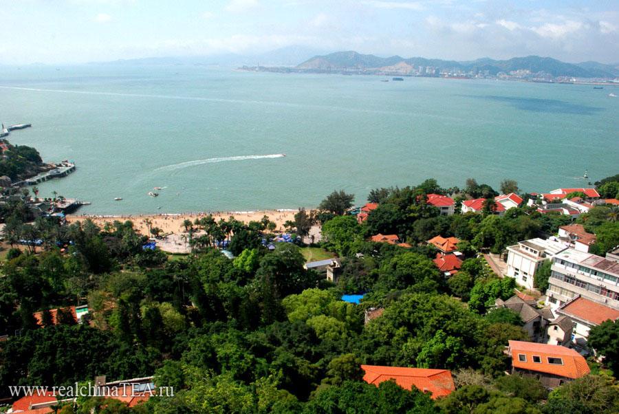 Сямэнь. Вид с острова Гуланью.
