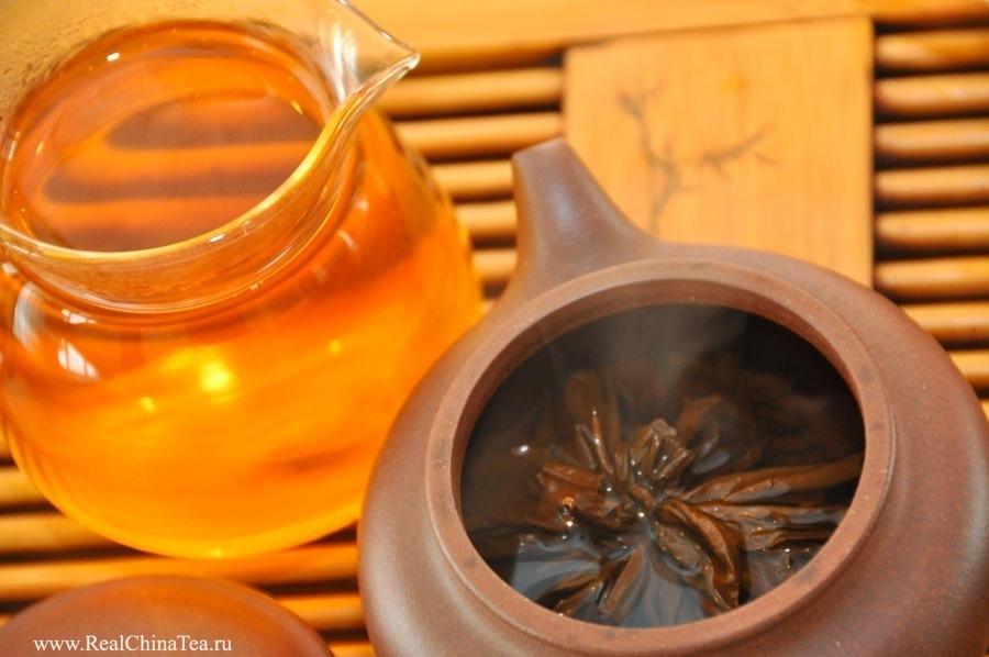 Красная пагода. Красный чай из провинции Юньнань.
