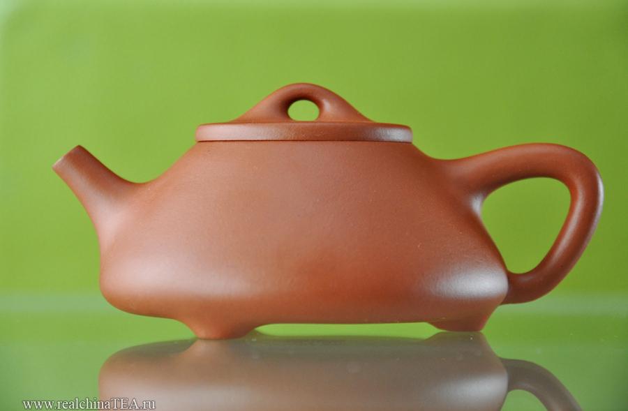 Полюбуйтесь пропорциями и геометрией этого чайника.