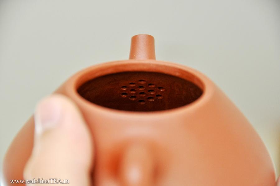 Обязательный фильтр на месте крепления носика и тела чайника.