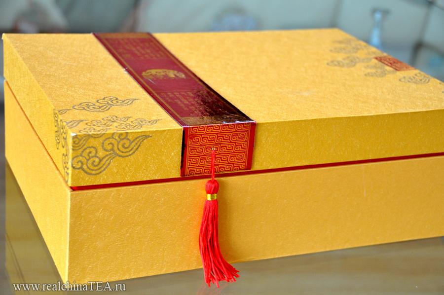 Подарочная коробка в лучших традициях Китая.