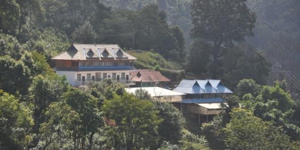 А это дом фермера в горах, тут мы проводим целый день и ночь