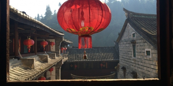 Полное погружение в китайскую действительность. В этом частном доме мы проведем два дня. Два очень спокойных, медитативных дня.