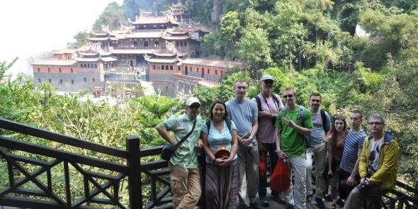 Один из самых старых монастырей в провинции Фуцзянь. Тут мы изгоняем злых духов и чистим карму )